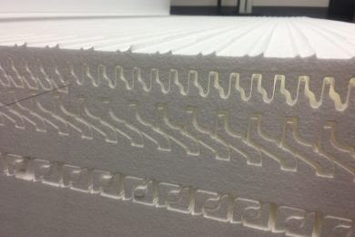 RAZREZ STIROPORJA/STIRODURA S CNC STROJEM